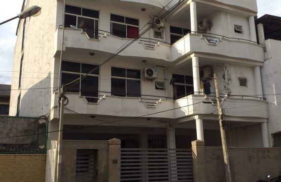 3 Bedroom Spacious Apartment in Bambalapitiya